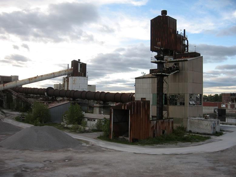 Cement City Michigan Cement Plant : Nailhed super cement